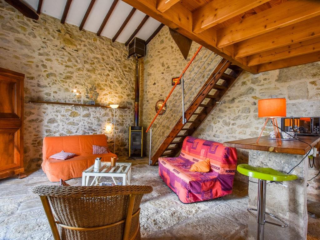 Maison de vacances Steinhaus inmitten eines Weinbergs, mit Swimmingpool, in der Nähe von Bordeaux (551317), Cadillac, Gironde, Aquitaine, France, image 7