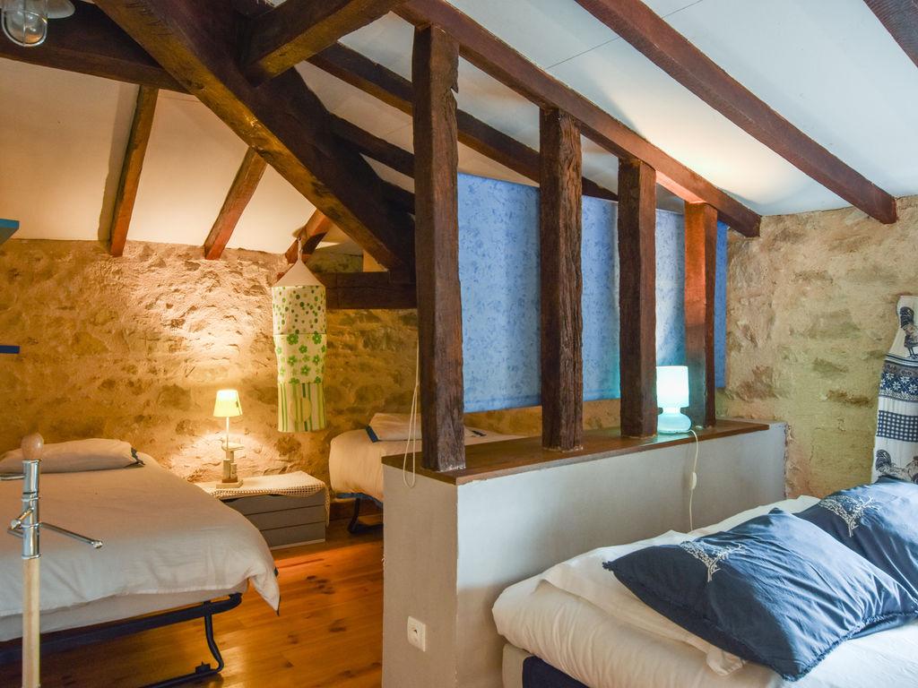 Maison de vacances Steinhaus inmitten eines Weinbergs, mit Swimmingpool, in der Nähe von Bordeaux (551317), Cadillac, Gironde, Aquitaine, France, image 13