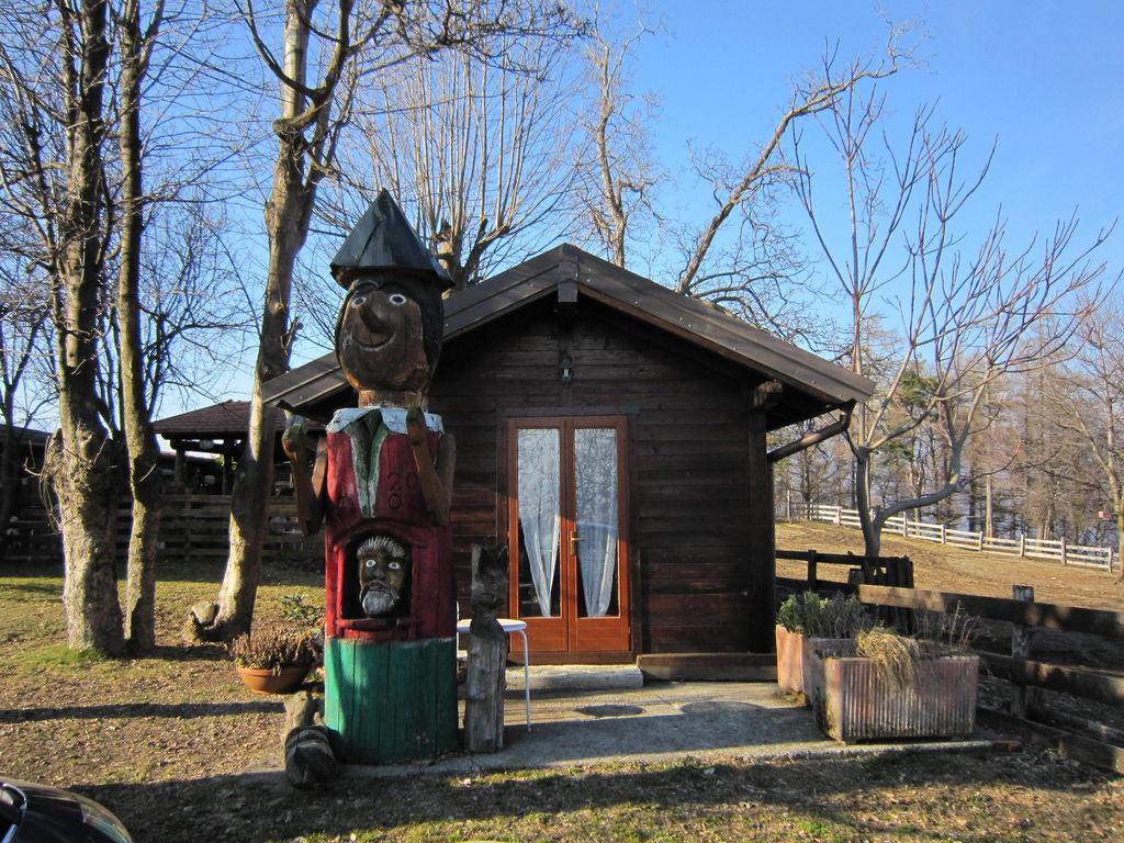 Ferienhaus Geräumiges Cottage in Intra mit Garten (597564), Pallanza, Lago Maggiore (IT), Piemont, Italien, Bild 13