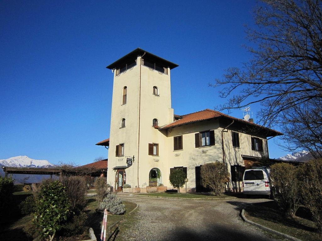 Ferienhaus Geräumiges Cottage in Intra mit Garten (597564), Pallanza, Lago Maggiore (IT), Piemont, Italien, Bild 18