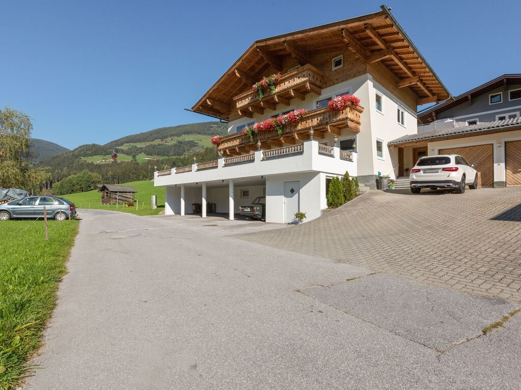 Ferienwohnung Schöne Ferienwohnung mit Terrasse in Salzburg (551061), Hollersbach im Pinzgau, Pinzgau, Salzburg, Österreich, Bild 1