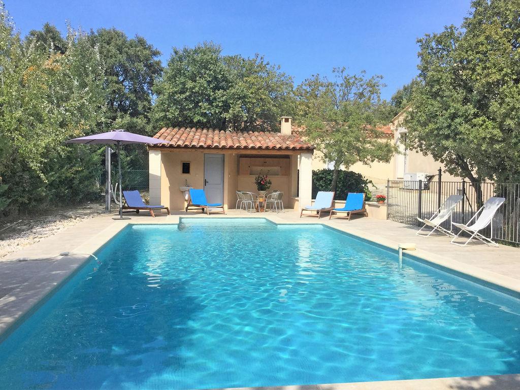 Holiday house Moderne Villa in Saumane-de-Vaucluse nahe dem Golfplatz (1404810), Saint Saturnin lès Avignon, Vaucluse, Provence - Alps - Côte d'Azur, France, picture 1