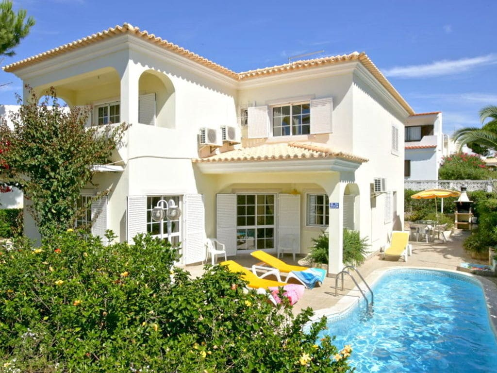 Beautiful villa located less than five minutes walk from the Old Village