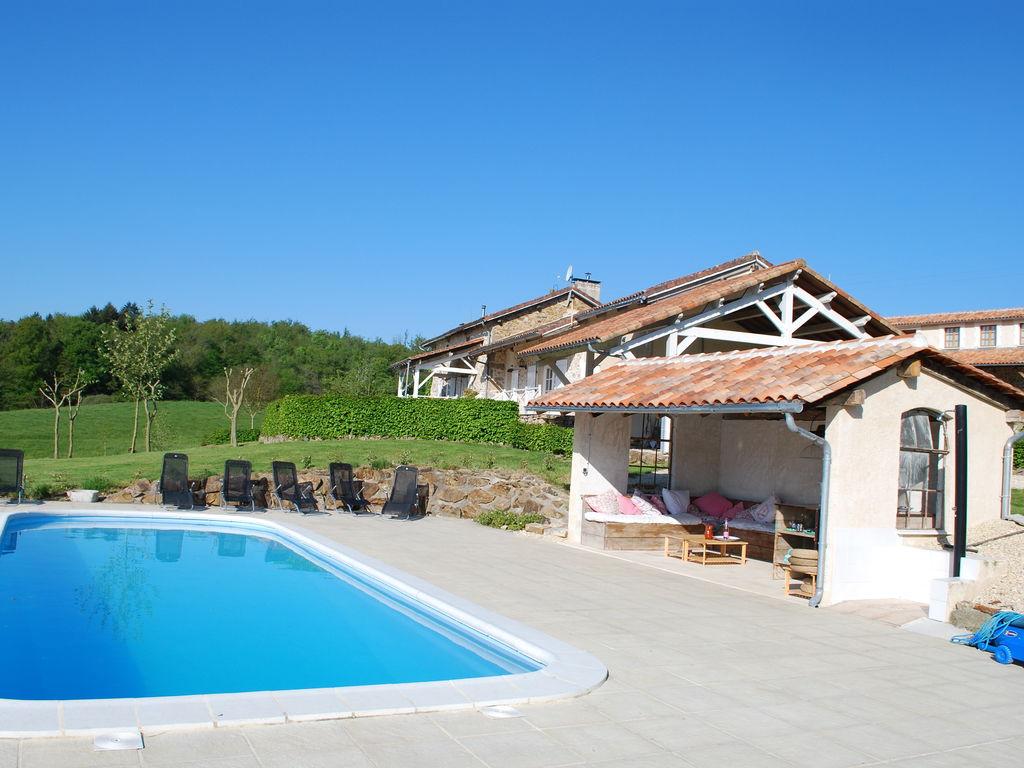 Ferienhaus Wunderschönes Ferienhaus mit Terrasse in Roussines (591052), Cherves Châtelars, Charente, Poitou-Charentes, Frankreich, Bild 6