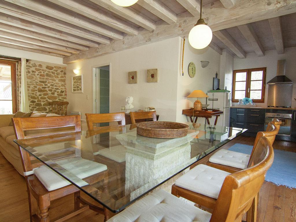 Ferienhaus Wunderschönes Ferienhaus mit Terrasse in Roussines (591052), Cherves Châtelars, Charente, Poitou-Charentes, Frankreich, Bild 13