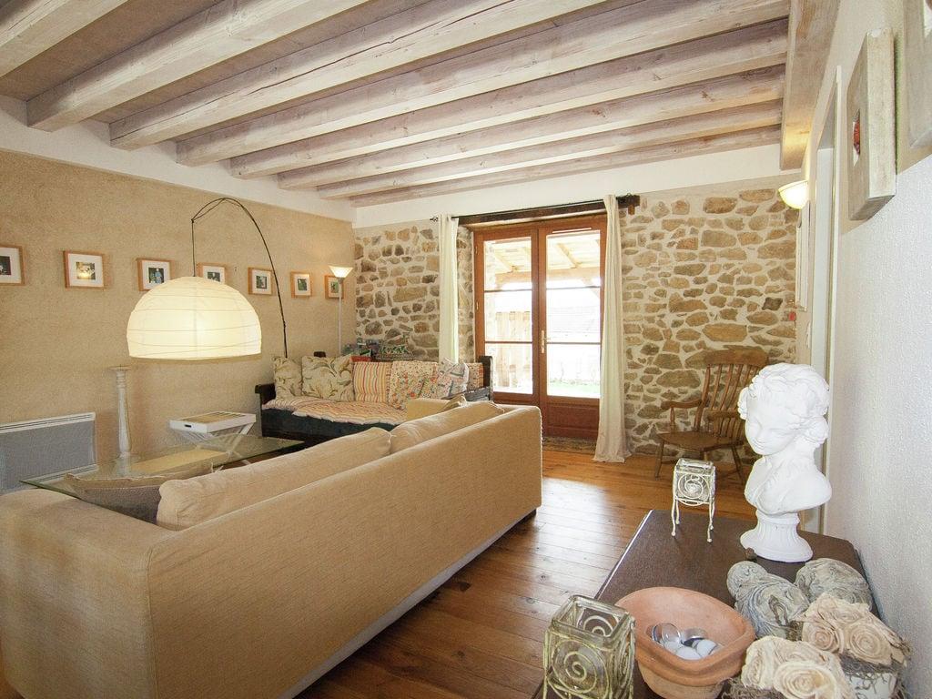Ferienhaus Wunderschönes Ferienhaus mit Terrasse in Roussines (591052), Cherves Châtelars, Charente, Poitou-Charentes, Frankreich, Bild 9