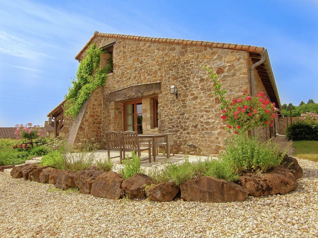 Ferienhaus Wunderschönes Ferienhaus mit Terrasse in Roussines (591052), Cherves Châtelars, Charente, Poitou-Charentes, Frankreich, Bild 1