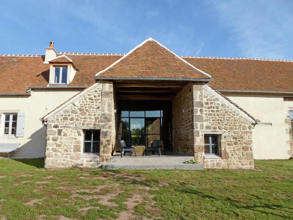 Ferienhaus Luxuriöses Bauernhaus mit eigenem Garten in Braize (597453), Ainay le Château, Allier, Auvergne, Frankreich, Bild 2