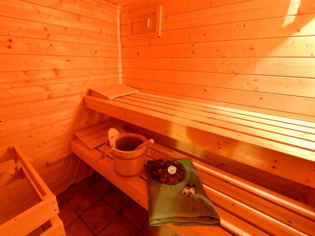 Ferienwohnung Die schöne Wohnung mit der Sauna, dem überdachten Terrasse, dem Garten und dem Baumhaus fü (620156), Zandt, Bayerischer Wald, Bayern, Deutschland, Bild 36