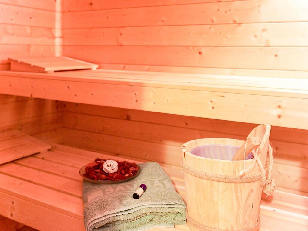 Ferienwohnung Die schöne Wohnung mit der Sauna, dem überdachten Terrasse, dem Garten und dem Baumhaus fü (620156), Zandt, Bayerischer Wald, Bayern, Deutschland, Bild 35