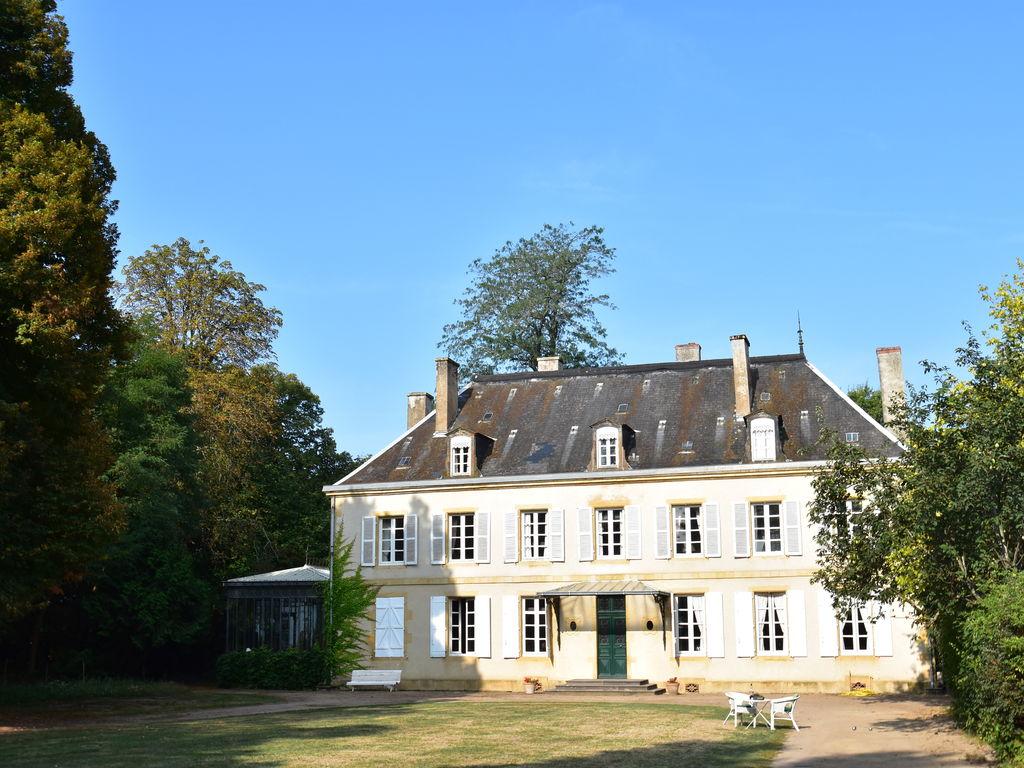 Ferienhaus Atemberaubende Villa in Burgund mit privatem Swimmingpool (612736), Bourbon Lancy, Saône-et-Loire, Burgund, Frankreich, Bild 2