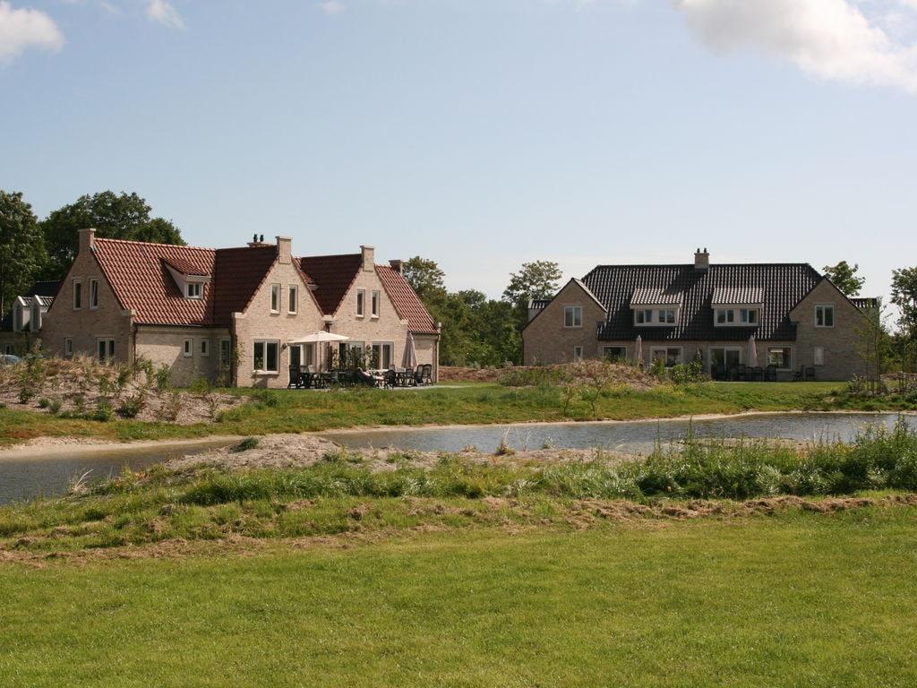 Geräumige Villa mit Geschirrspüler und D Ferienpark