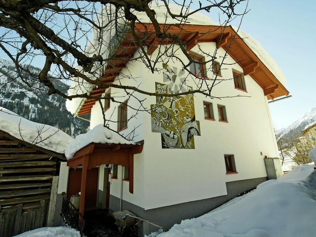 Ferienhaus Geräumige Ferienwohnung in Kappl mit Terrasse (605357), Kappl, Paznaun - Ischgl, Tirol, Österreich, Bild 3