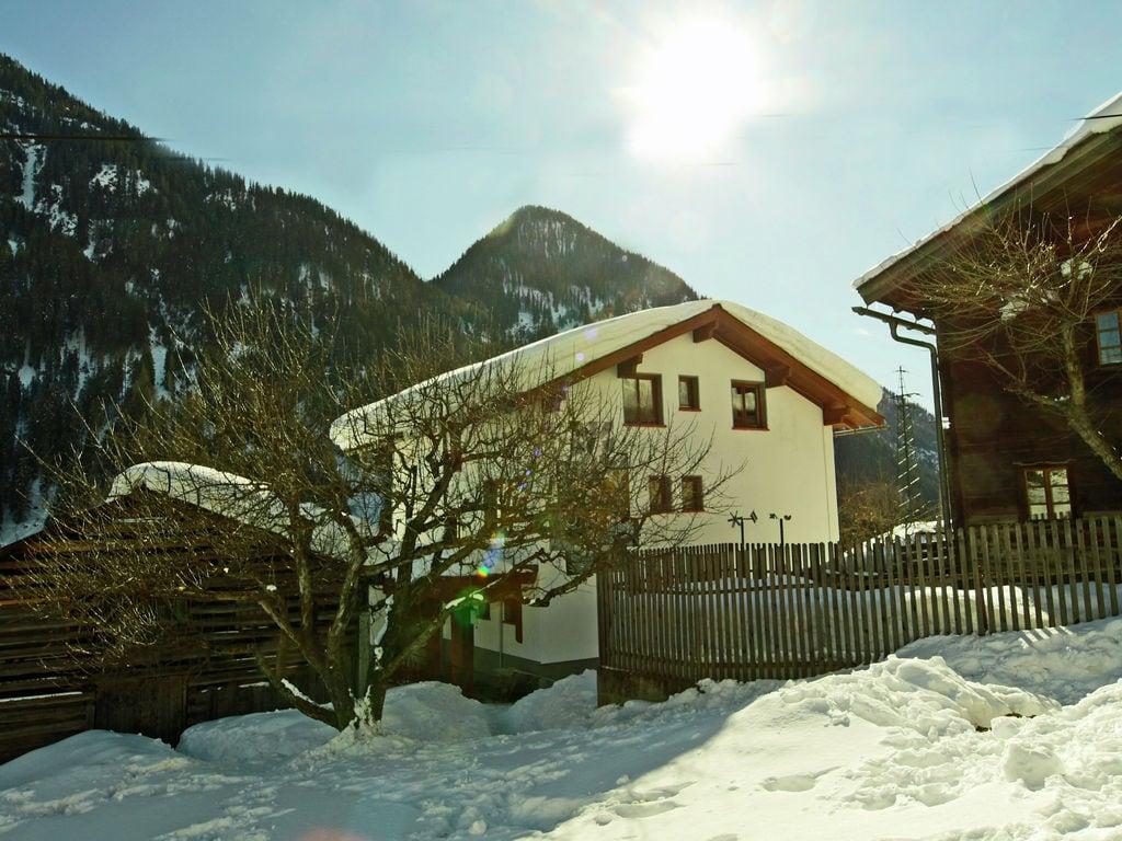 Ferienhaus Geräumige Ferienwohnung in Kappl mit Terrasse (605357), Kappl, Paznaun - Ischgl, Tirol, Österreich, Bild 4