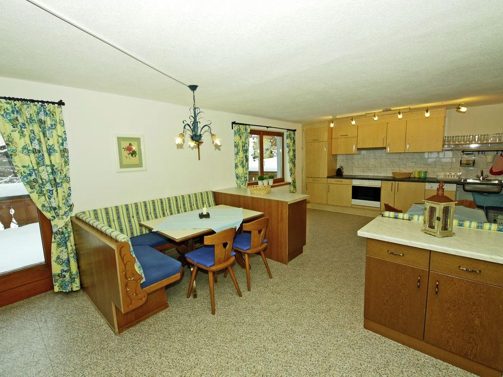 Ferienhaus Geräumige Ferienwohnung in Kappl mit Terrasse (605357), Kappl, Paznaun - Ischgl, Tirol, Österreich, Bild 12