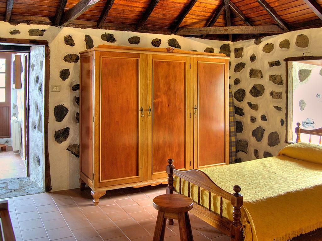 Holiday house Geräumiges Ferienhaus in El Amparo inmitten von Wald (2134991), Icod de los Vinos, Tenerife, Canary Islands, Spain, picture 33