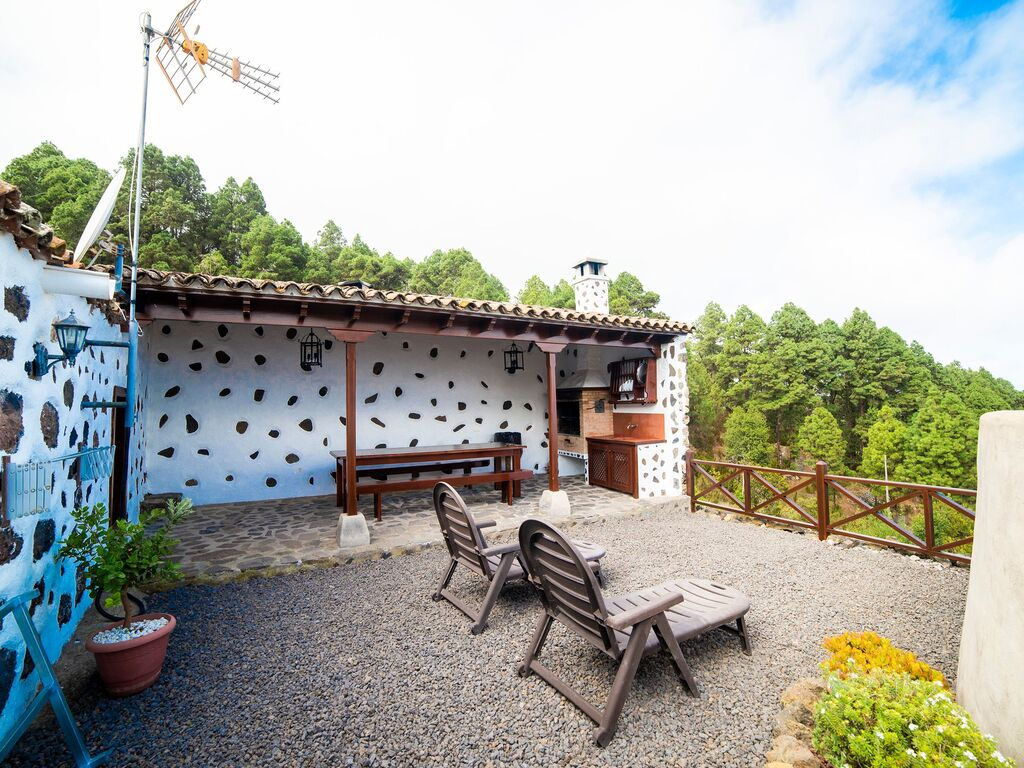 Holiday house Geräumiges Ferienhaus in El Amparo inmitten von Wald (2134991), Icod de los Vinos, Tenerife, Canary Islands, Spain, picture 21