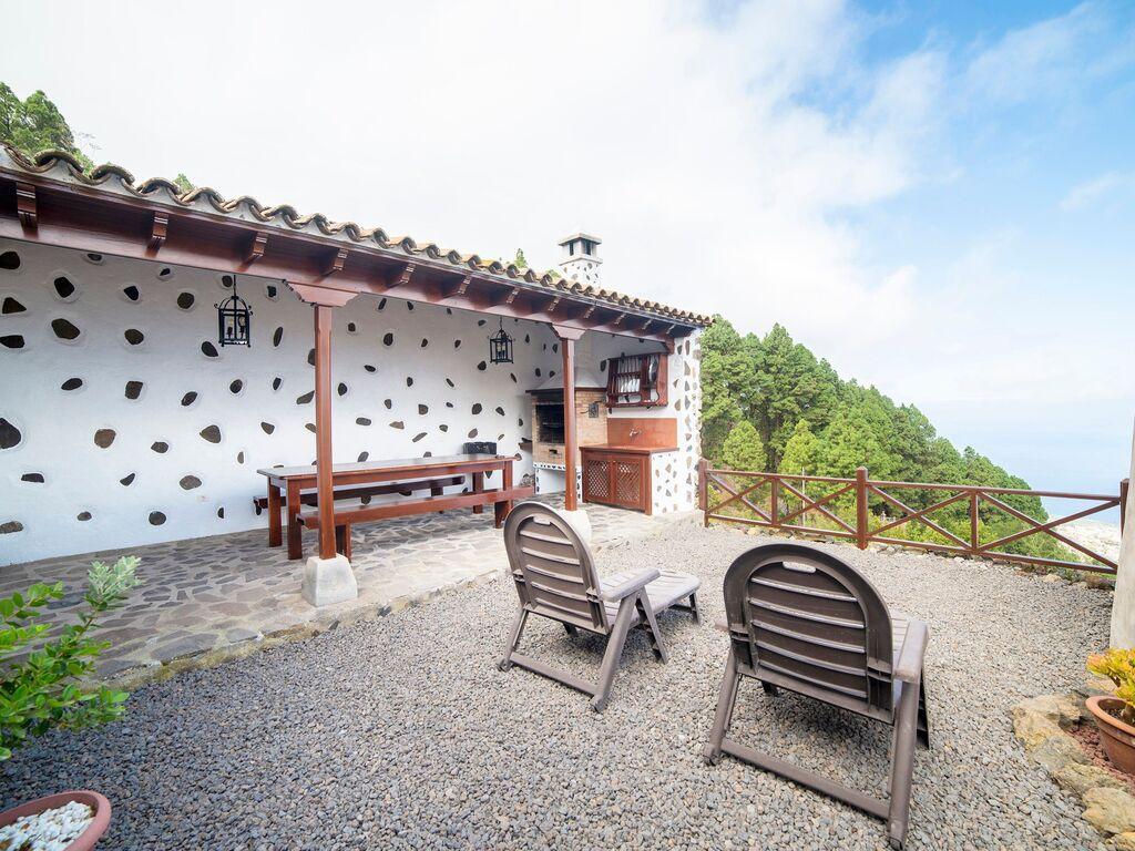 Holiday house Geräumiges Ferienhaus in El Amparo inmitten von Wald (2134991), Icod de los Vinos, Tenerife, Canary Islands, Spain, picture 22