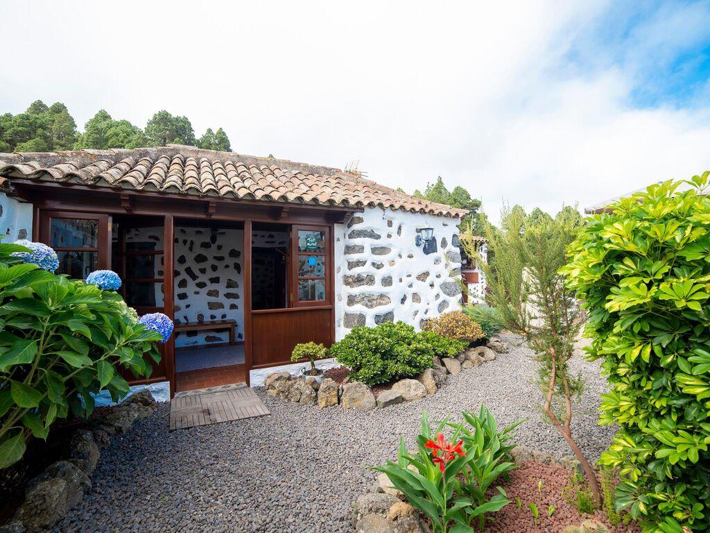 Holiday house Geräumiges Ferienhaus in El Amparo inmitten von Wald (2134991), Icod de los Vinos, Tenerife, Canary Islands, Spain, picture 8