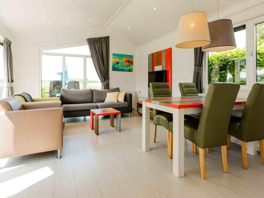 Ferienhaus Gut ausgest. Chalet mit Garten, in wasserreicher Gegend (626332), Aalst (NL), Rivierenland, Gelderland, Niederlande, Bild 4