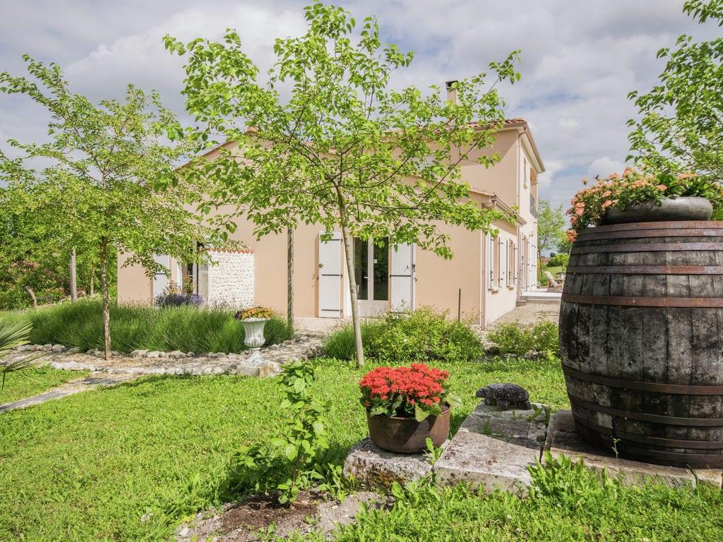 Ferienhaus Modernes Apartment in Segonzac mit Swimmingpool (1404758), Segonzac, Charente, Poitou-Charentes, Frankreich, Bild 6