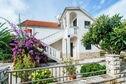 Meer info: Vakantiehuizen  Apartment Nada Petrcane