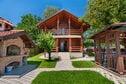Meer info: Vakantiehuizen  Beautiful wooden cottage with swimmingpool Sveti Petar Mrežnički