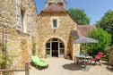 Meer info: Vakantiehuizen  La Vieille Eglise Saint Aubin de Nabirat