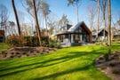 Moderne luxuriöse Villa mit Jacuzzi in der Nähe der Veluwe