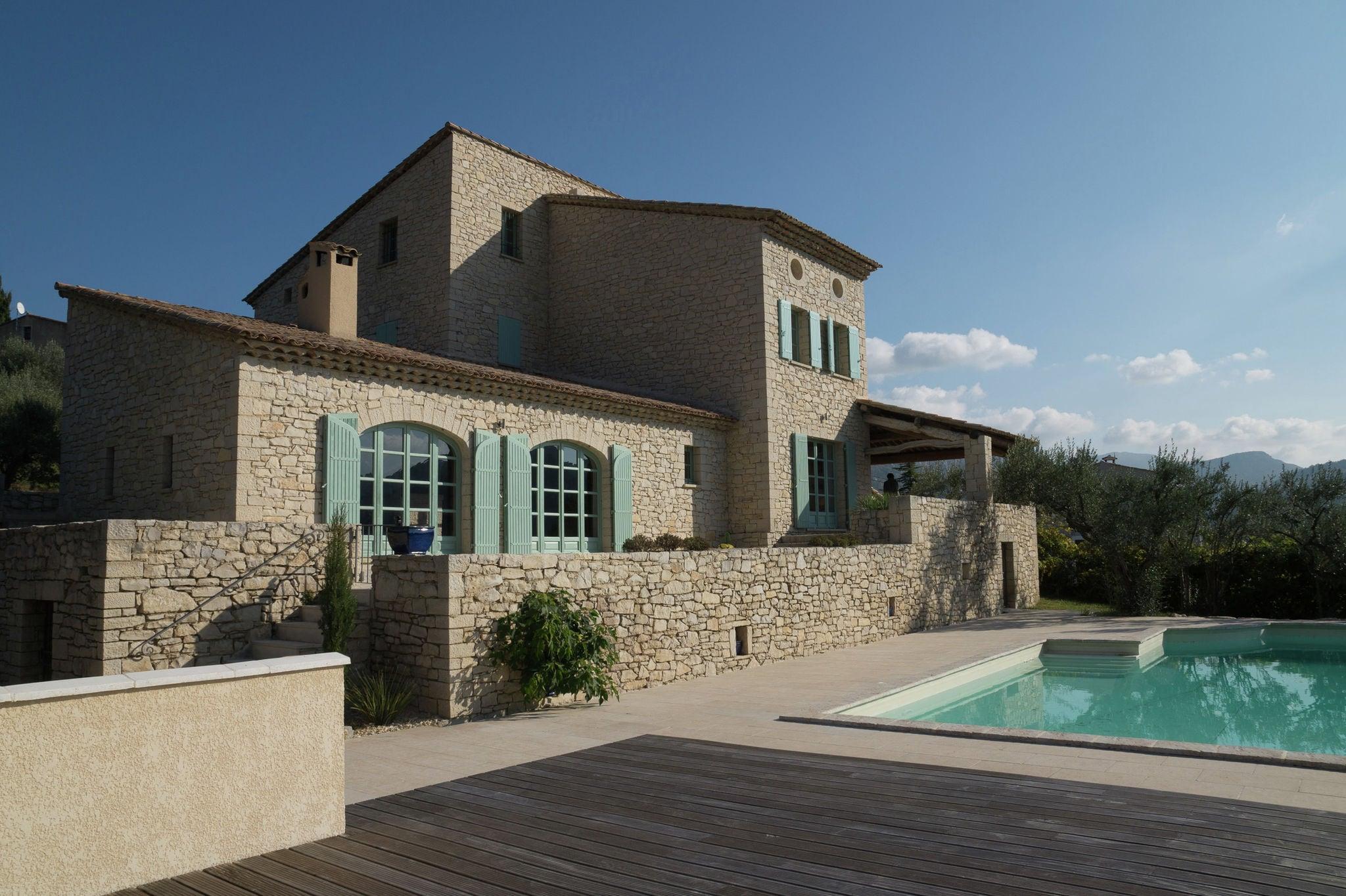 Villa Les Dentelles