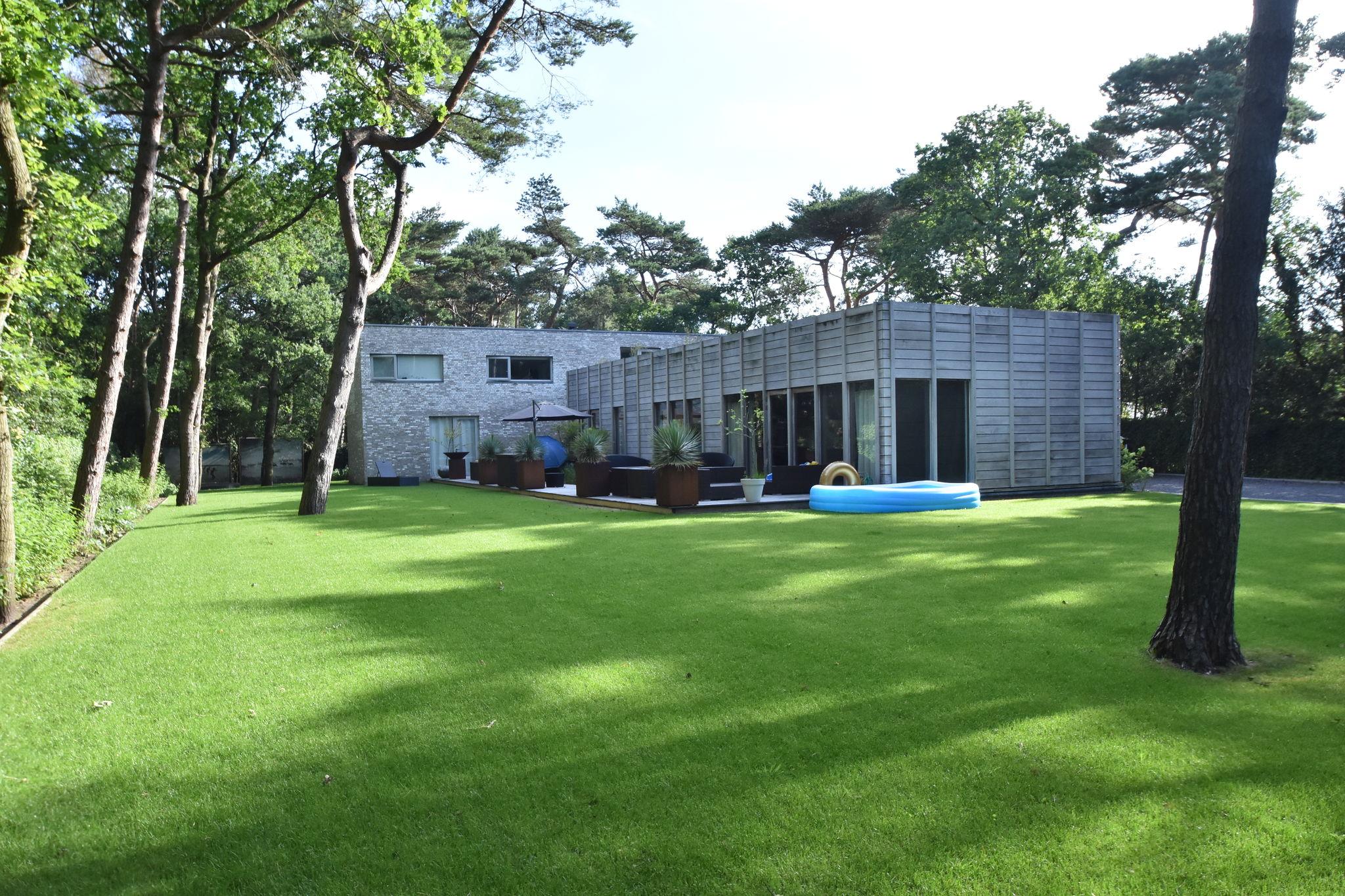 Villa Silver