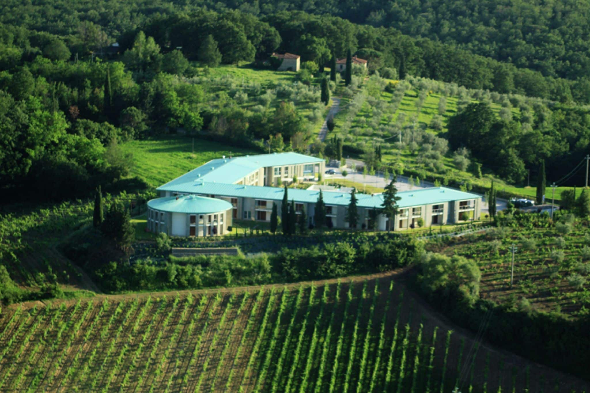 Modern furnished apartment with air conditioning in Chianti