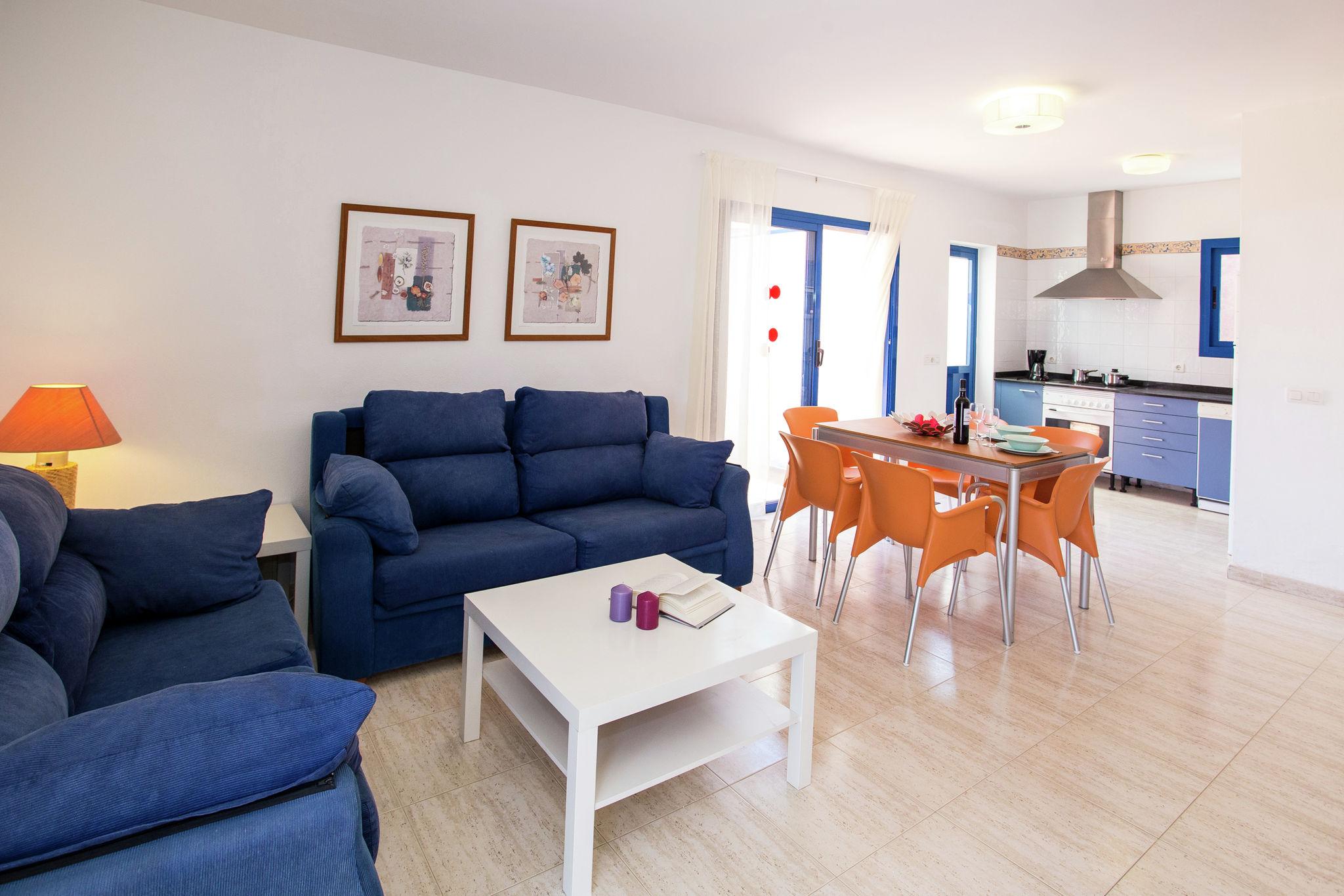 Geräumige Villa in Playa Blanca mit Swimmingpool