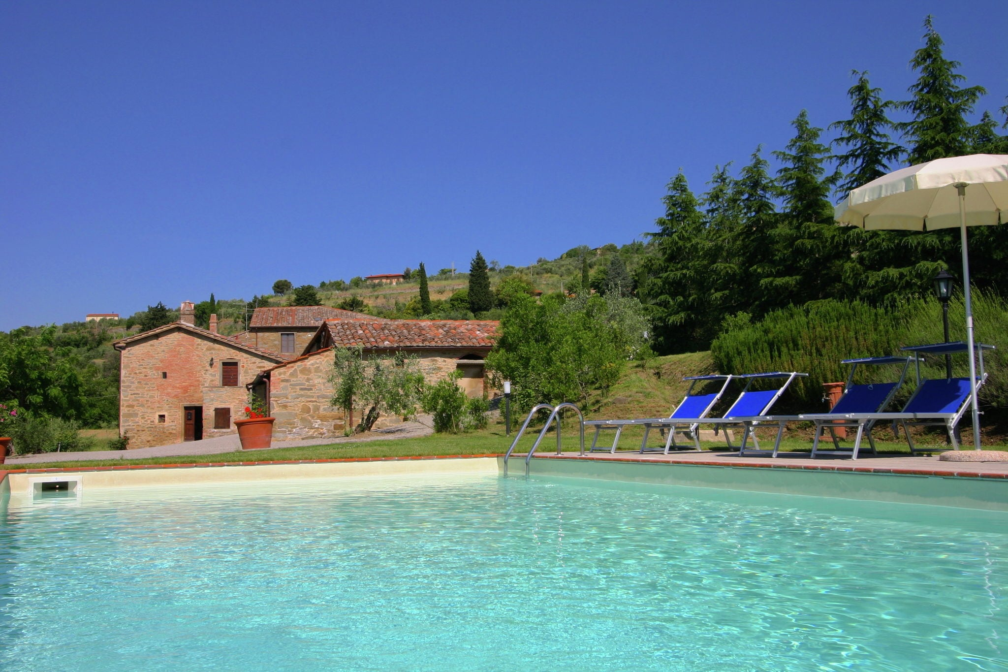 Lovely Villa in Cortona with Swimming Pool