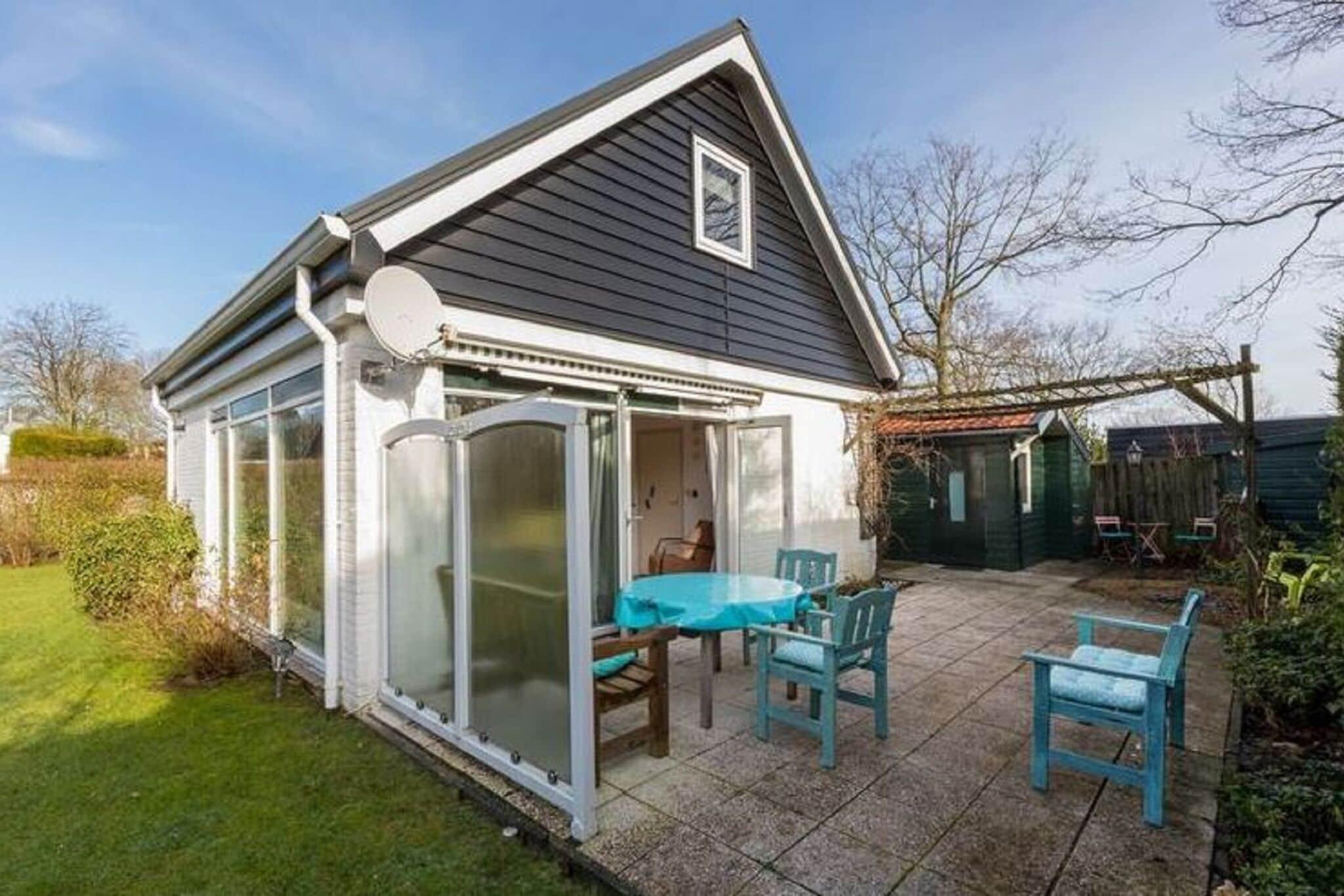 Sfeervolle vakantiewoning in Zeeland met een overdekt terras