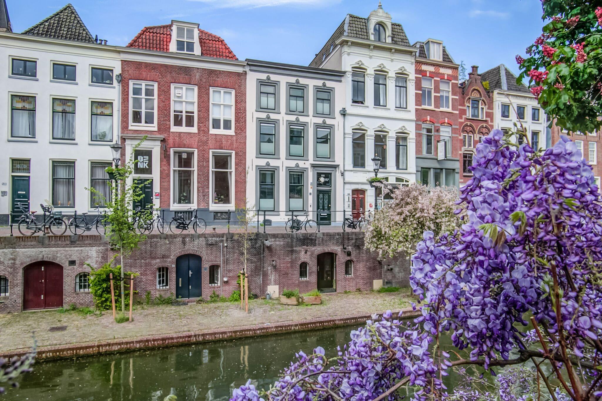 Prachtig grachtenpand midden in het centrum van Utrecht