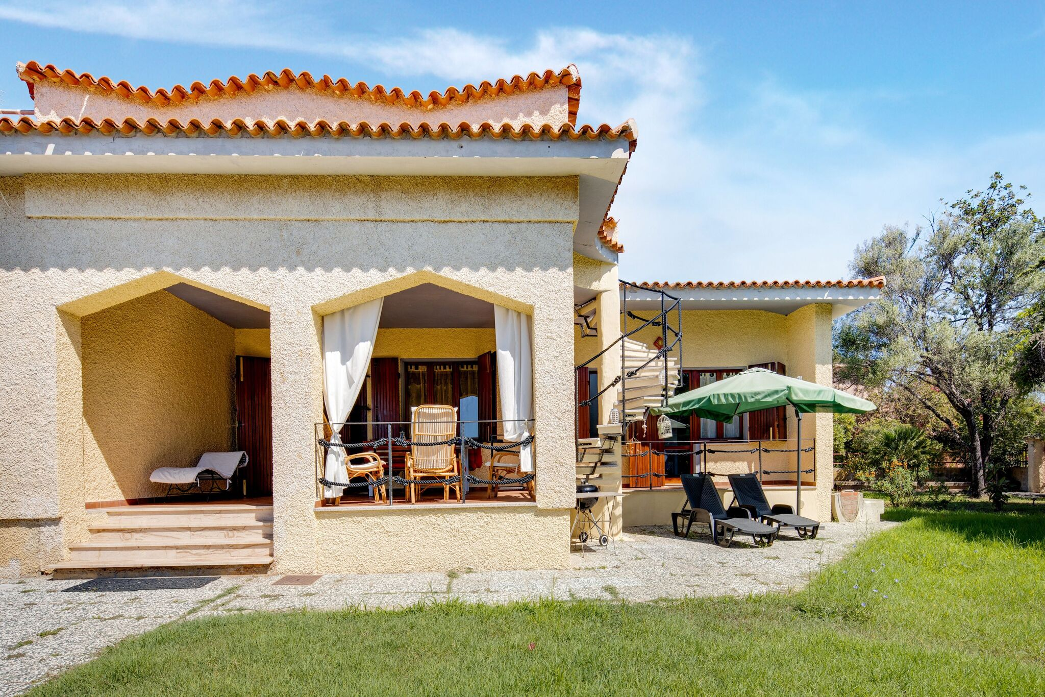 Beachfront Holiday Home in Siniscula with Private Garden