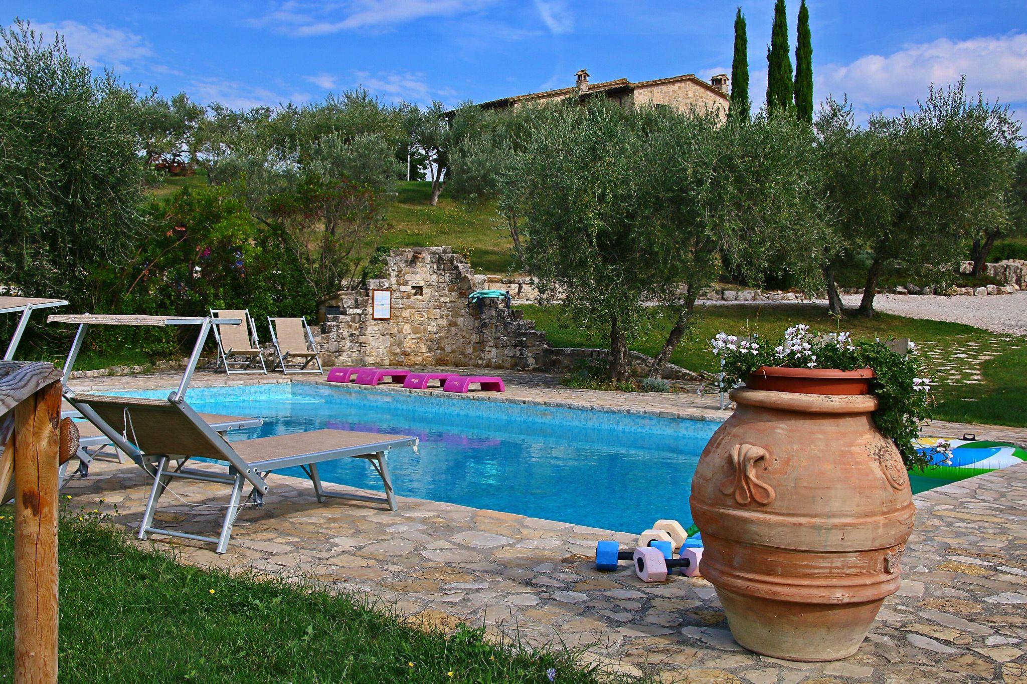 Wunderschönes Ferienhaus in Collazzone mit Sauna