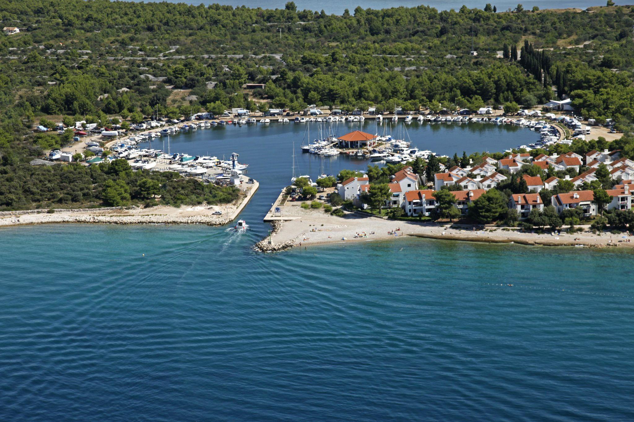 Solaris - Ville Kornati