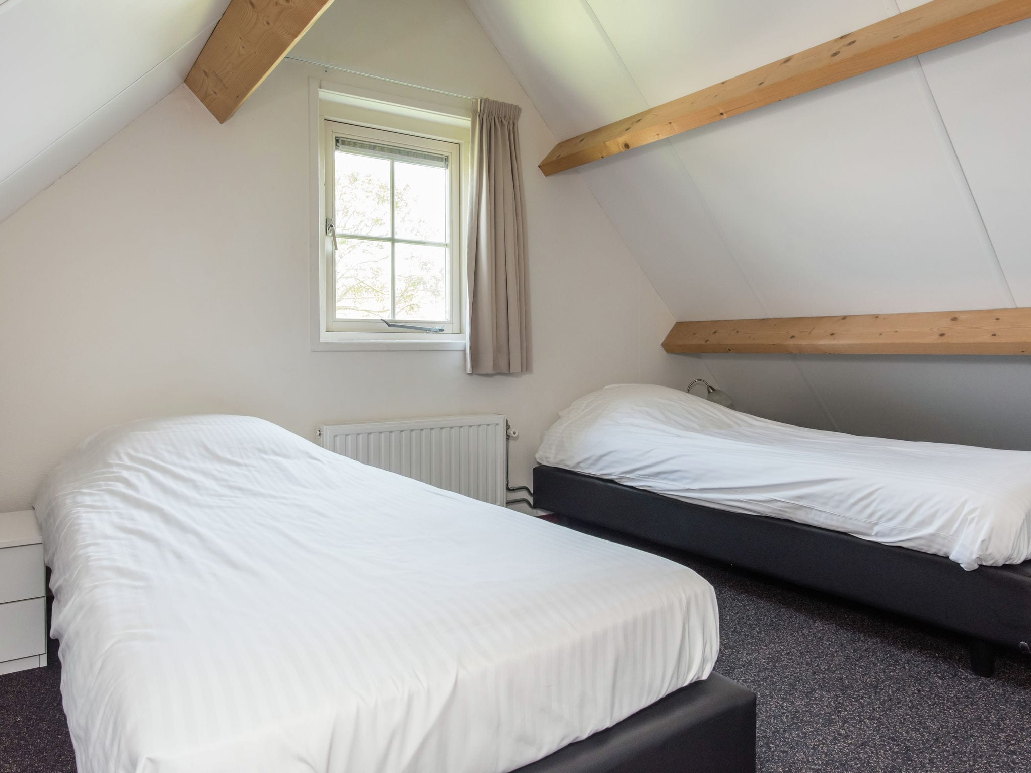 Holland | Zeeland | Holiday home Recreatiepark de Stelhoeve - Oosterschelp 4 | all year | BedRoom