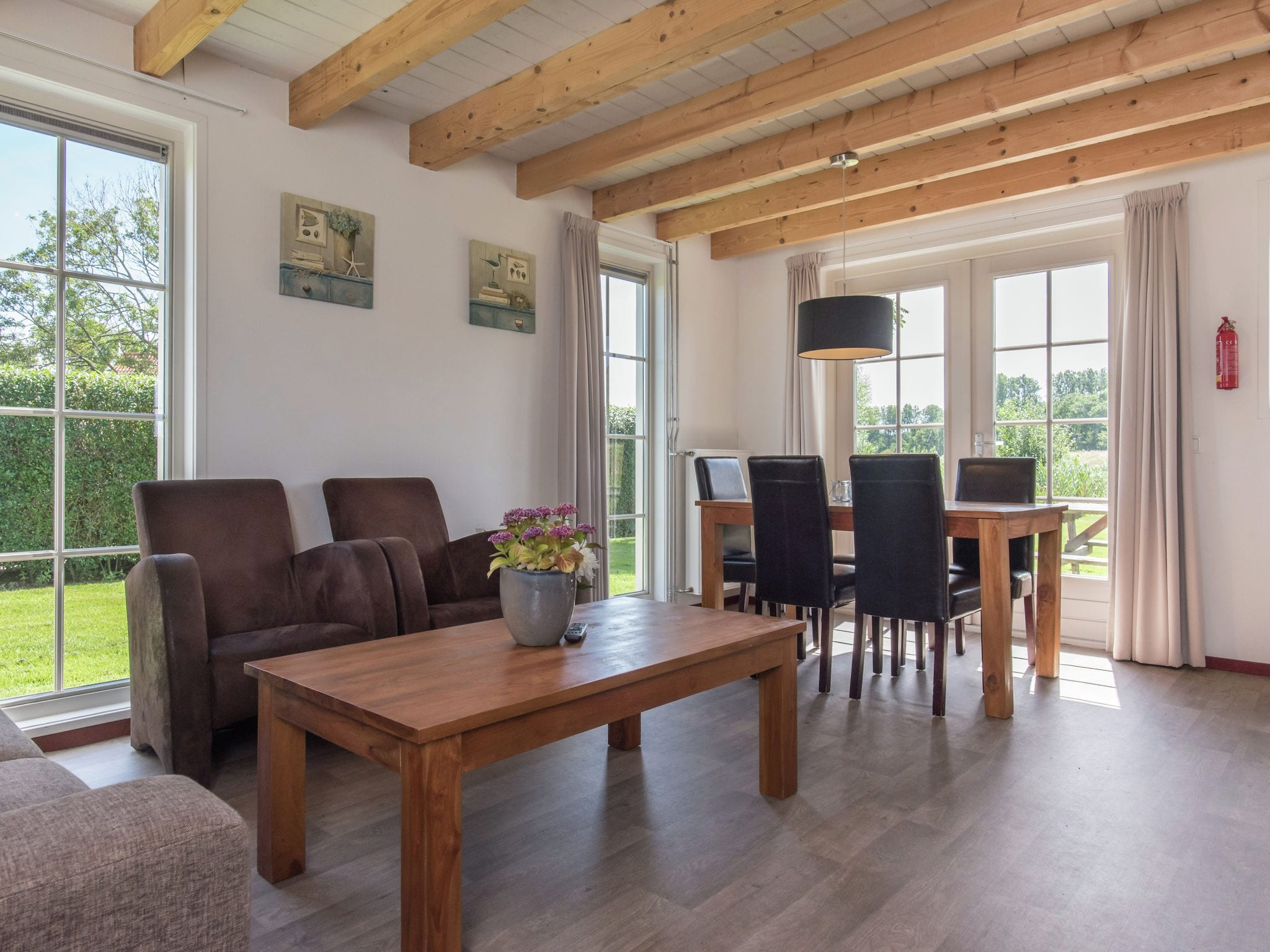 Holland | Zeeland | Holiday home Recreatiepark de Stelhoeve - Oosterschelp 2 | all year | LivingRoom