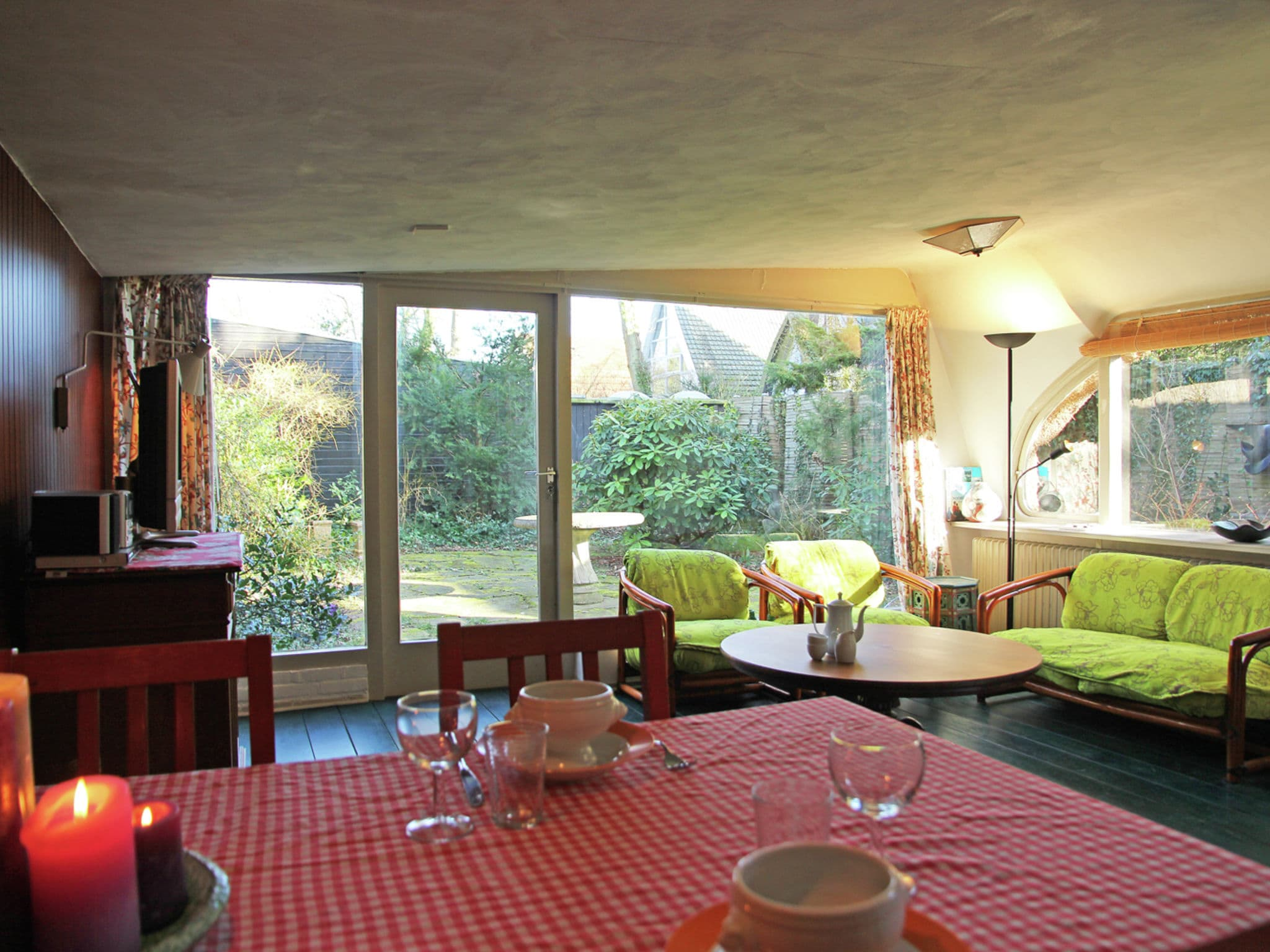 Holland | North Sea Coast North | Holiday home Het Roefje | all year | DiningRoom