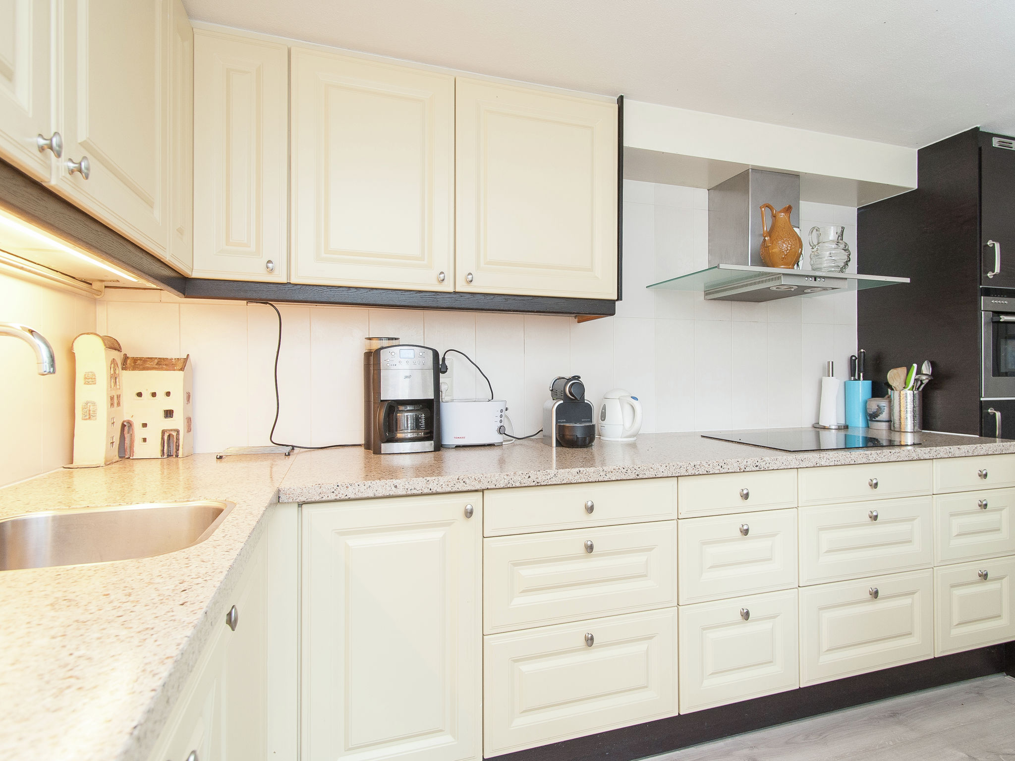 Holland | North Sea Coast North | Holiday home Anna | all year | Kitchen