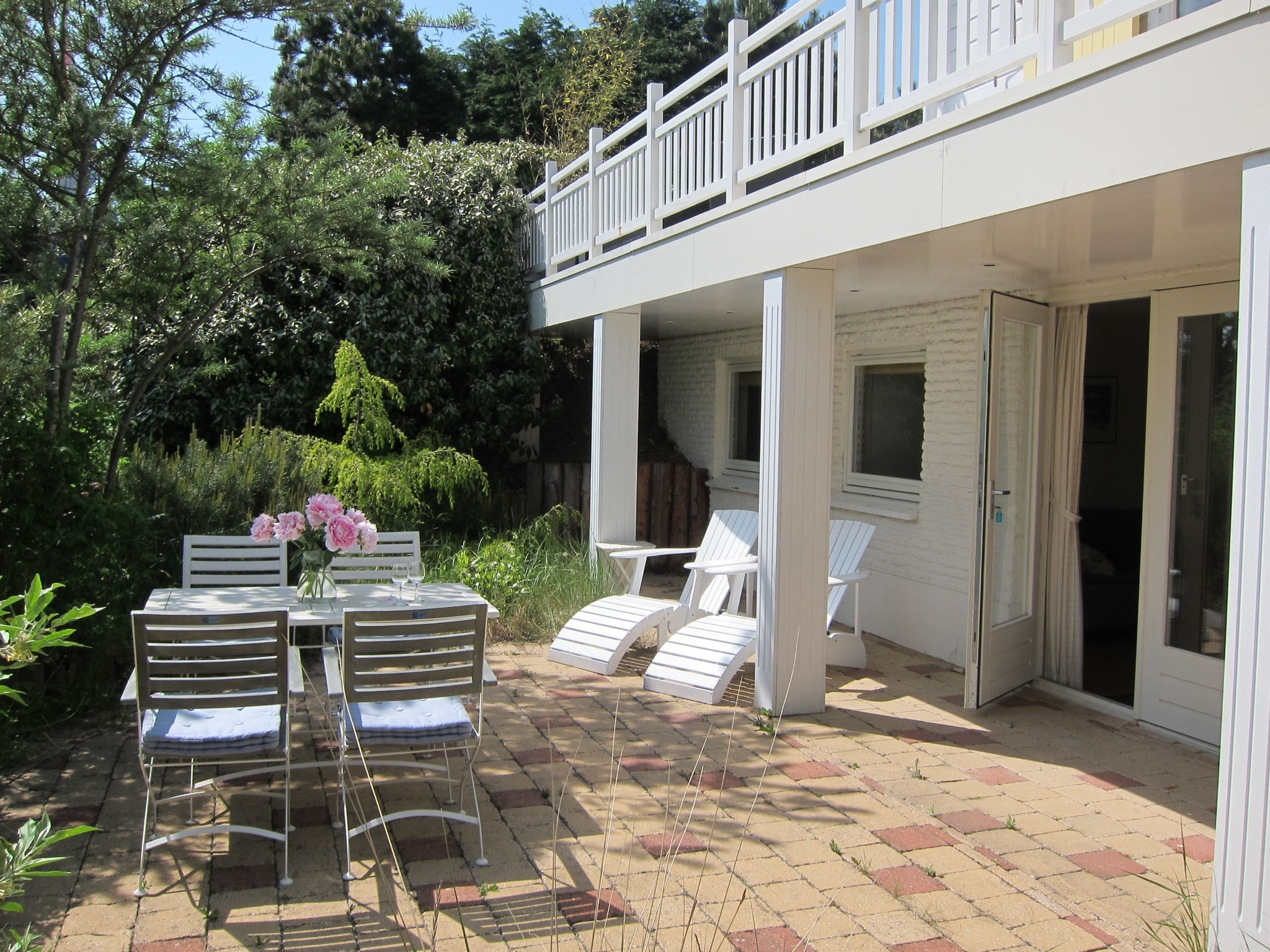Holland | North Sea Coast South | Holiday home Paarl | all year | TerraceBalcony