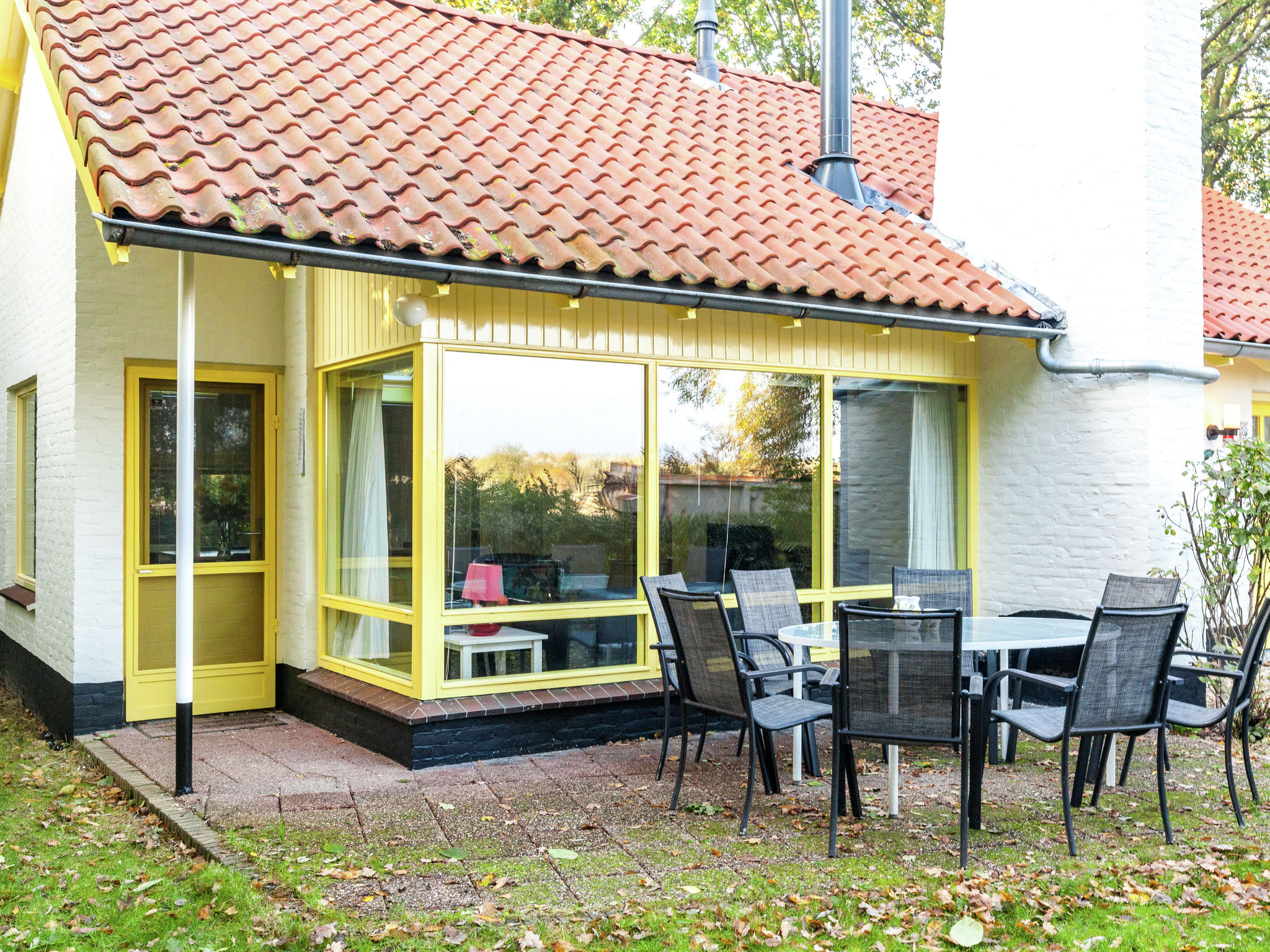 Holland | Zeeland | Holiday home Zeeuws Zeehuis | all year | GardenSummer