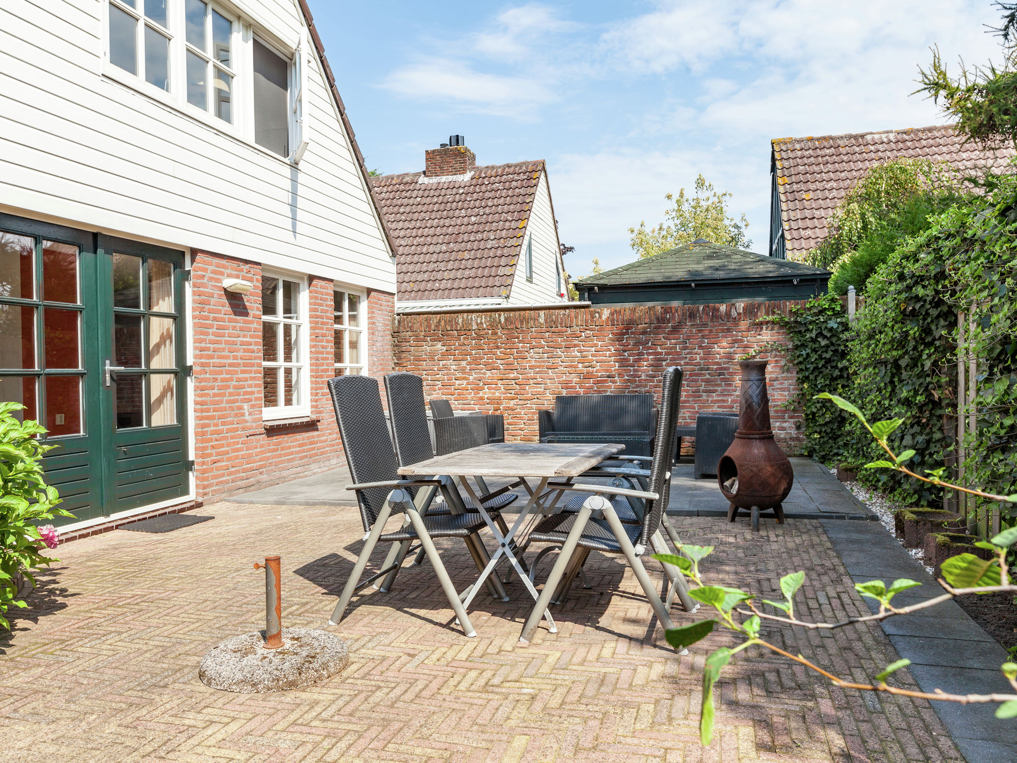 Holland | North Sea Coast South | Holiday home Kokkerduin | all year | GardenSummer