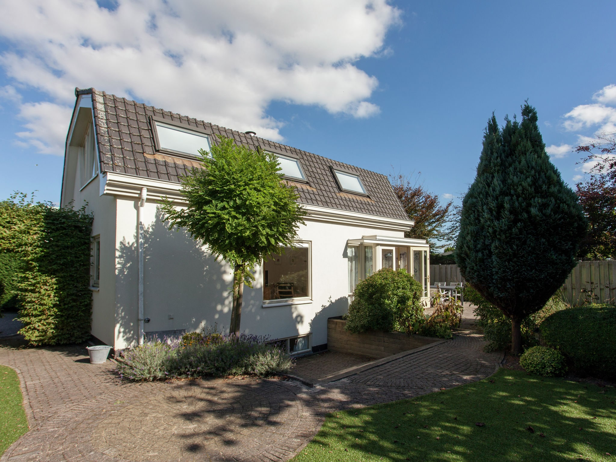 Holland | North Sea Coast South | Holiday home De Luwte | all year | ExteriorSummer