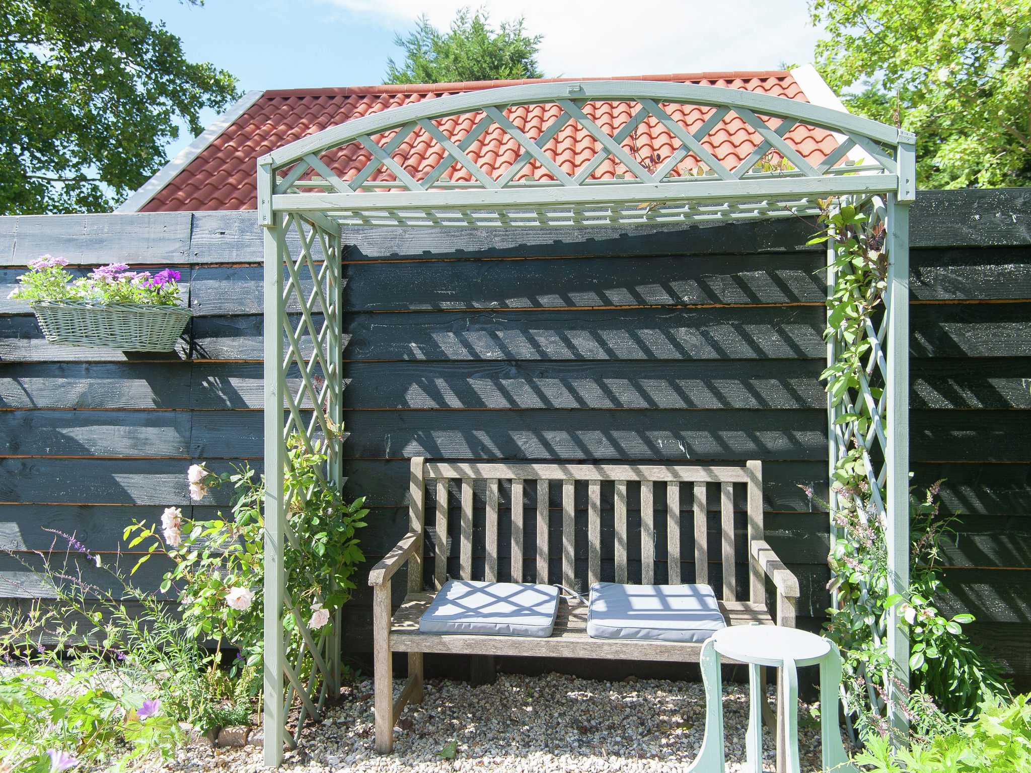 Holland | North Sea Coast North | Holiday home Het Tuinhuis | all year | TerraceBalcony
