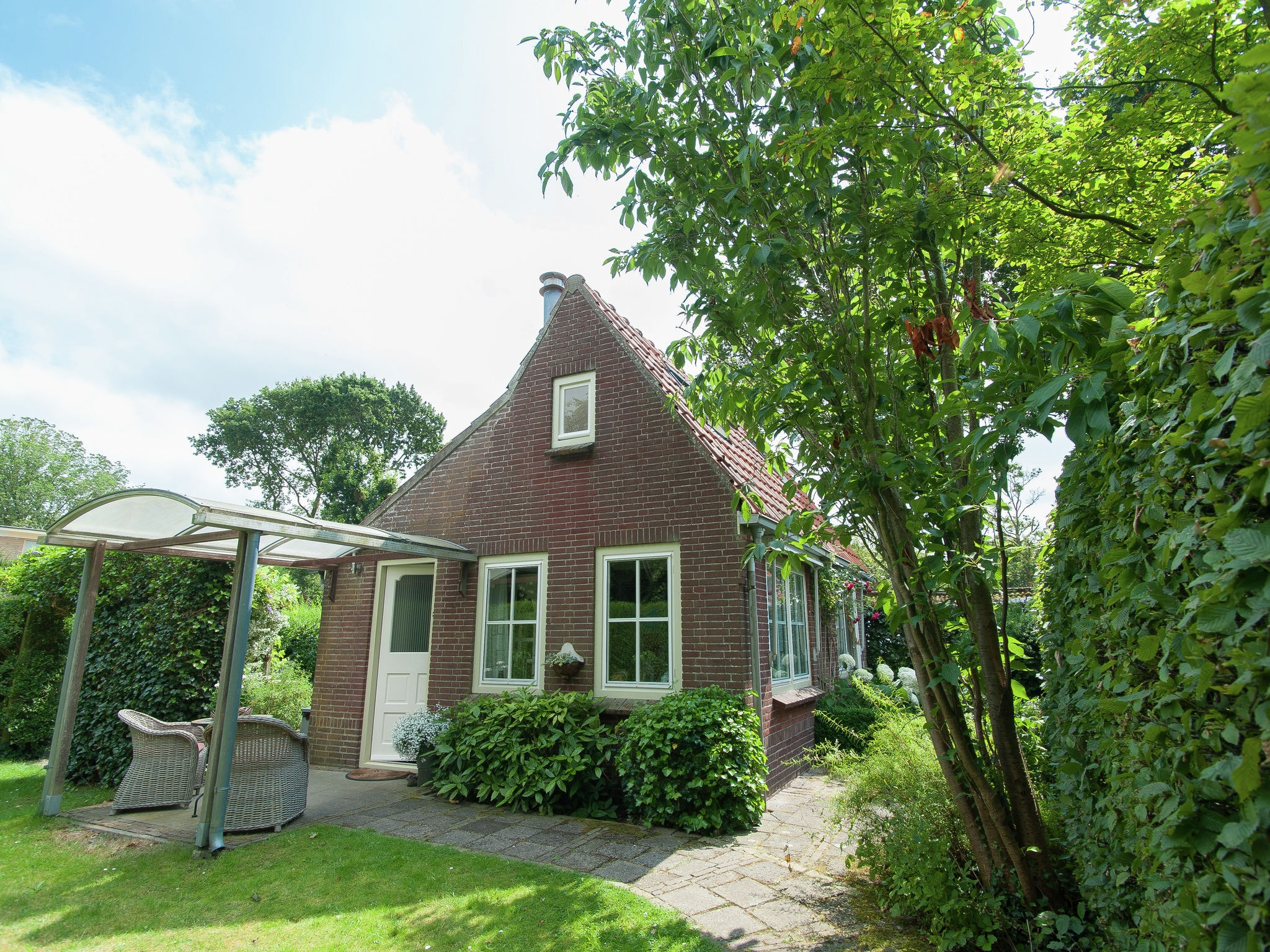 Holland | North Sea Coast North | Holiday home Castanea | all year | ExteriorSummer