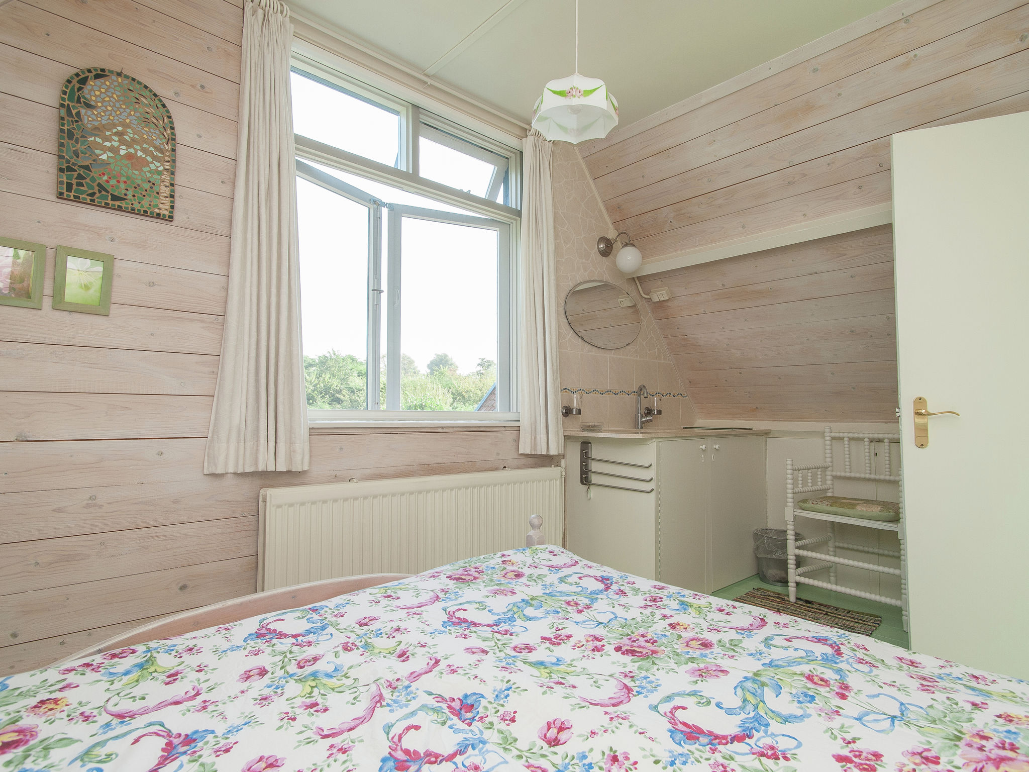 Holland | North Sea Coast North | Holiday home Fluitekruid | all year | BedRoom